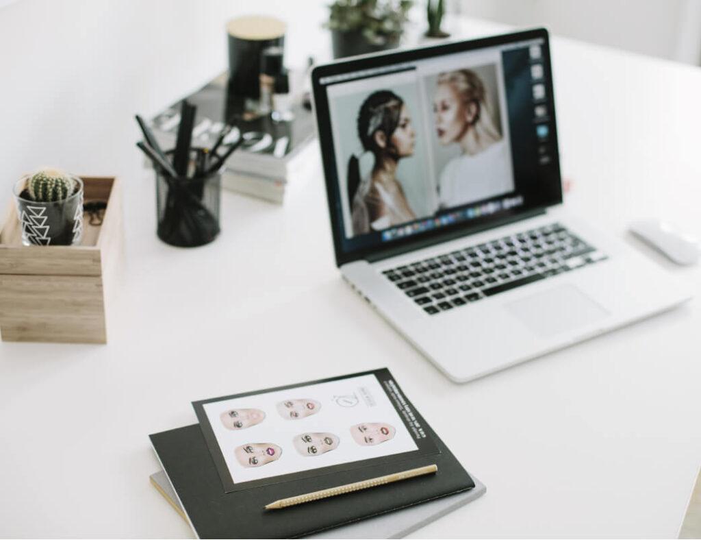 Online makiažo pamoka, personalizuota atmintinė